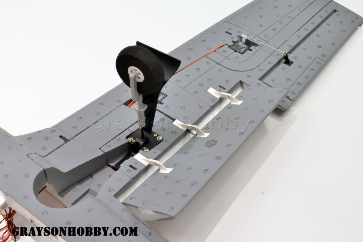 Dynam T-28 w/ Flaps